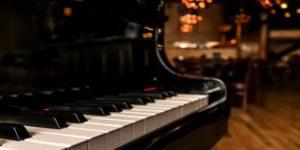 upright piano grand piano